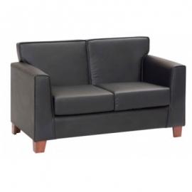 Sillones, mesas de centro y muebles para sala